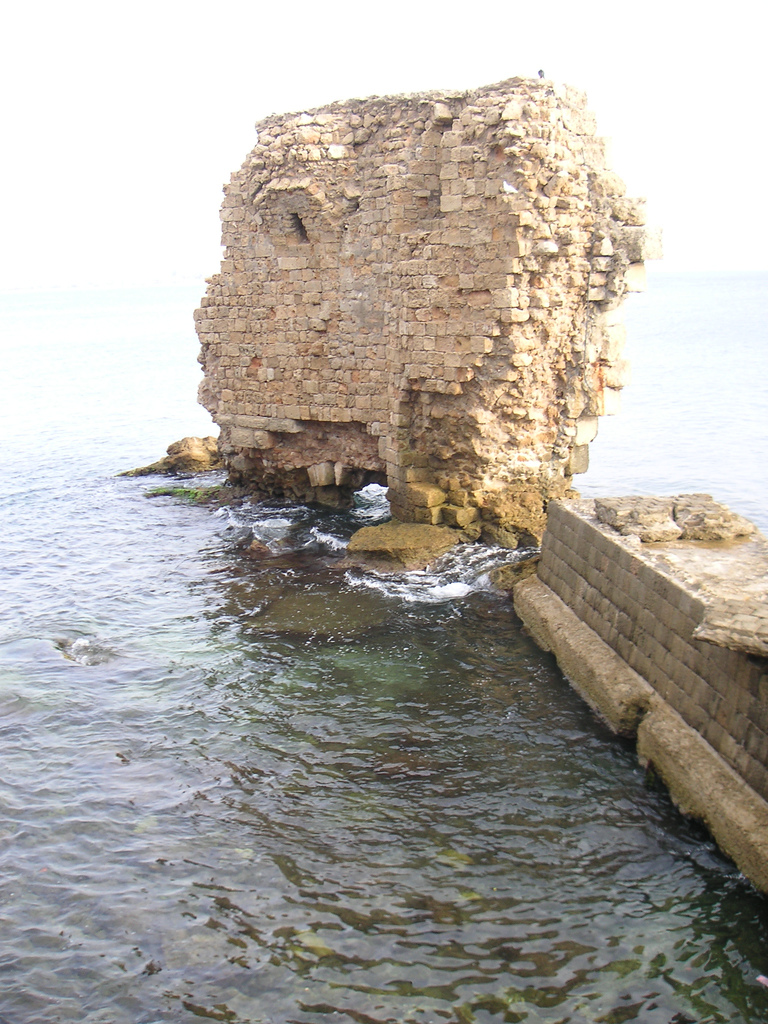 Acre - عكا : Remains of Acre's sea walls