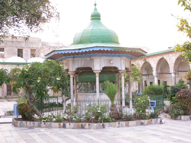 Acre - عكا : The courtyard of al-Jazzar's Mosque