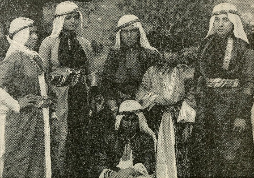 Acre - عكا : ACRE - 1893 (Arab women from the area of Acre and Northern Palestine)