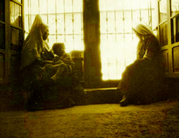 Bethlehem - بيت لحم : Woman of Bethlehem 28 (late 19th early 20th c.)