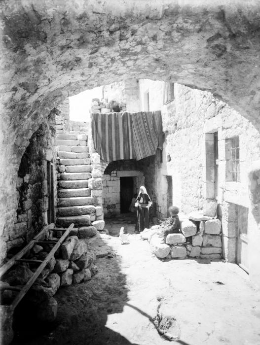 Bethlehem - بيت لحم : PALESTINE - Bethlehem, 1890s (early 20th c.) 33 (Idyllic domestic scene)