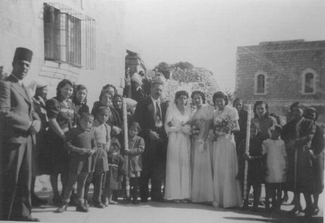 Bethlehem - بيت لحم : BETHLEHEM - Wedding in Bethlehem (of Roz Thabdoub and Elias Kraitem), circa 1937