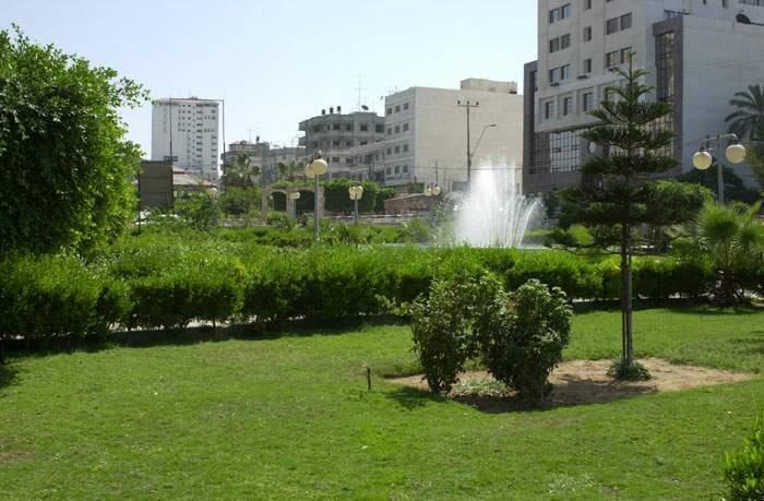 http://www.palestineremembered.com/GeoPoints/Gaza_526/Gaza-11565.jpg