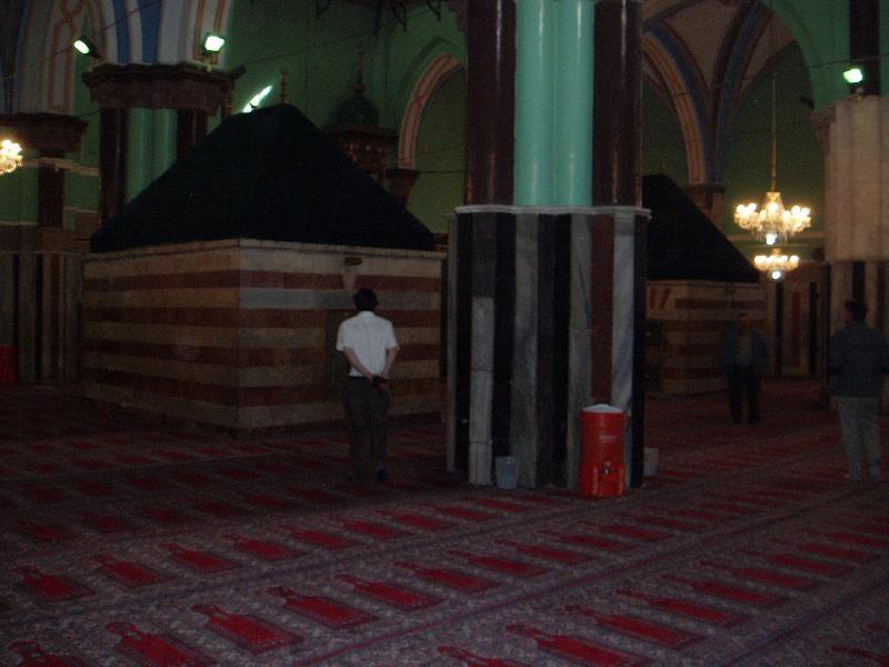"""الحرم الابراهيمي """"معالمه , مجزرته , صوره وعذاب المصليين"""" Hebron-11086.jpg"""