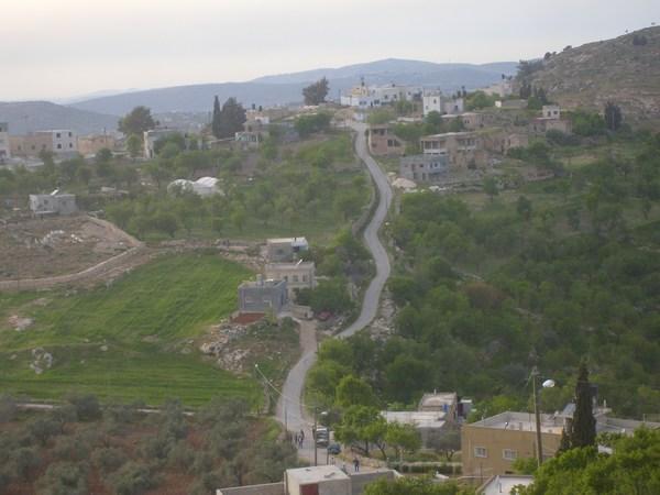 Jalud-جالود: منظر عام لقرية جالود
