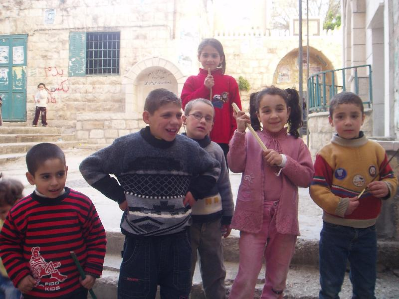 Nablus - نابلس : Inside Casabah #7, cheerful kids