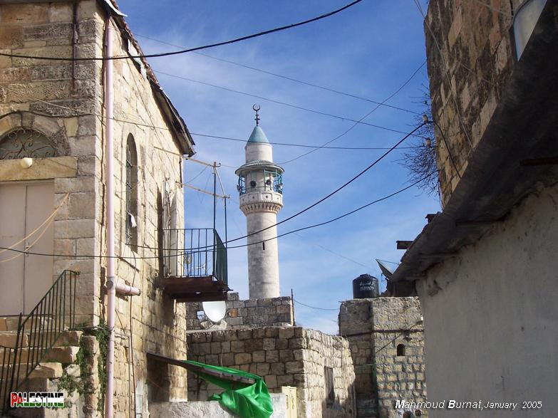 Ramallah - رام الله : Typical Palestinian architecture #1 Note the arches, staircases, and iron work