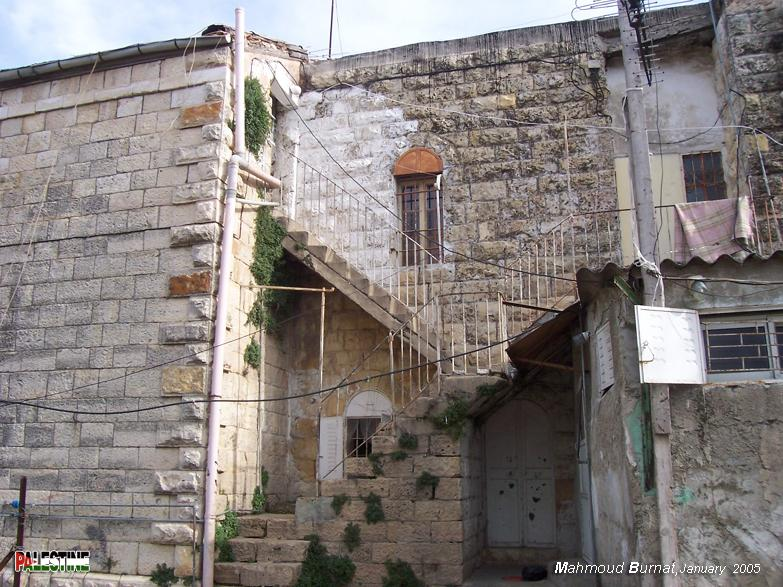 Ramallah - رام الله : Typical Palestinian architecture #8 Note the arches, staircases, and iron work