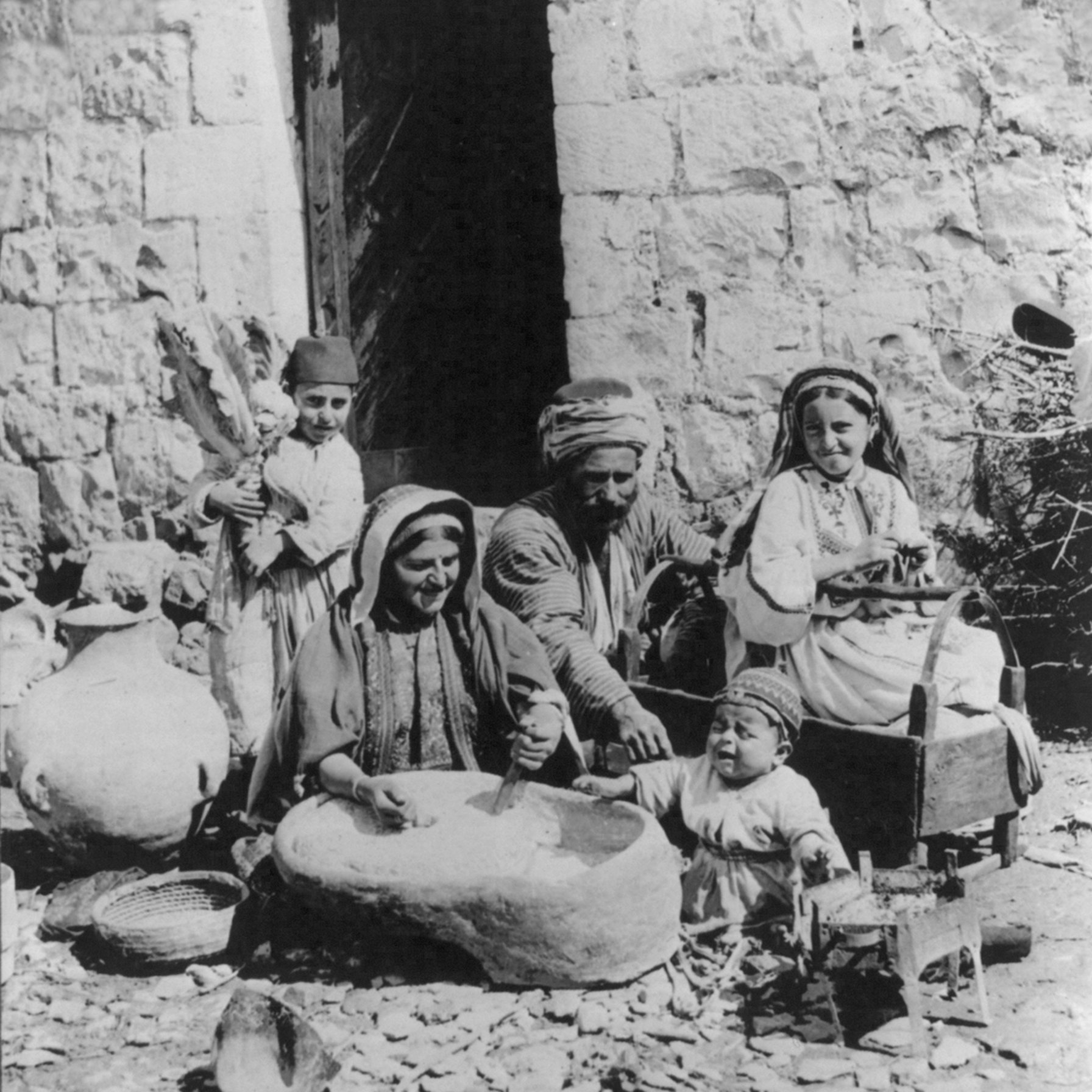 Ramallah - رام الله : A happy family (except for the baby boy),  Ramallah, Palestine -  1919