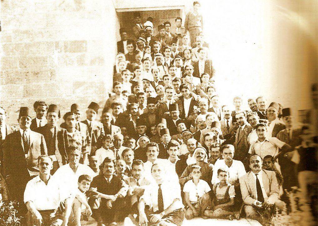 Ramallah - رام الله : RAMALLAH - Sul7a (reconciliation gathering) 1949 - Naseeb Shaheen's, A Pictorial History of Ramallah, 1992