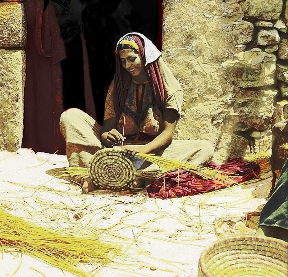 Ramallah - رام الله : RAMALLAH - Weaving  reed baskets, circa 1920s - Reeds, straw or any pliable material were used to weave baskets, trays, mats, window-blinds, fans, awnings, chair-seats, etc. Material came primarily from marshes and wet-lands around Hula Lake (Per Reem Ackall)