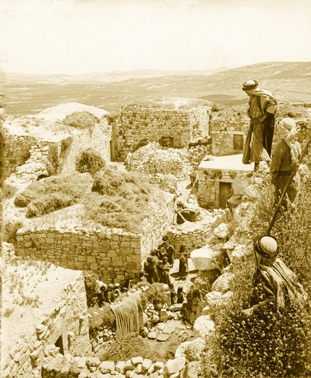 Ramallah - رام الله : RAMALLAH - Rooftop view, circa 1900s (Exact location not certain, Al-Ram, Beit Rima, Al-Bireh and Ramallah are possible contenders) - Keystone-Mast Collection (Per Reem Ackall)