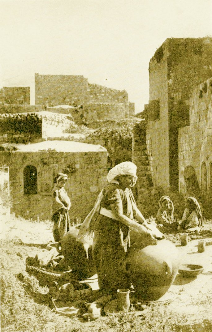 Ramallah - رام الله : RAMALLAH - Palestinian Women of Ramallah making earthen jars, circa 1920s