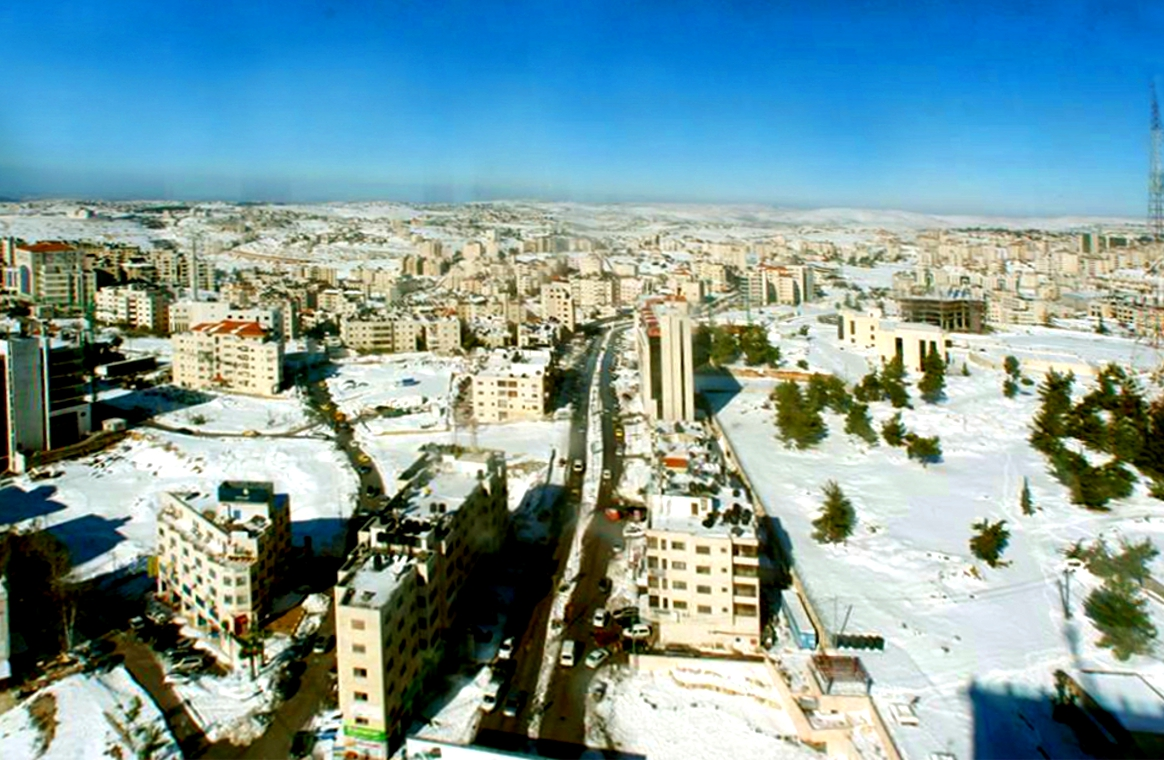 Ramallah - رام الله : Ramallah snow, 2015. Part of Al-Jabal area towards the northern end of Irsal Street.