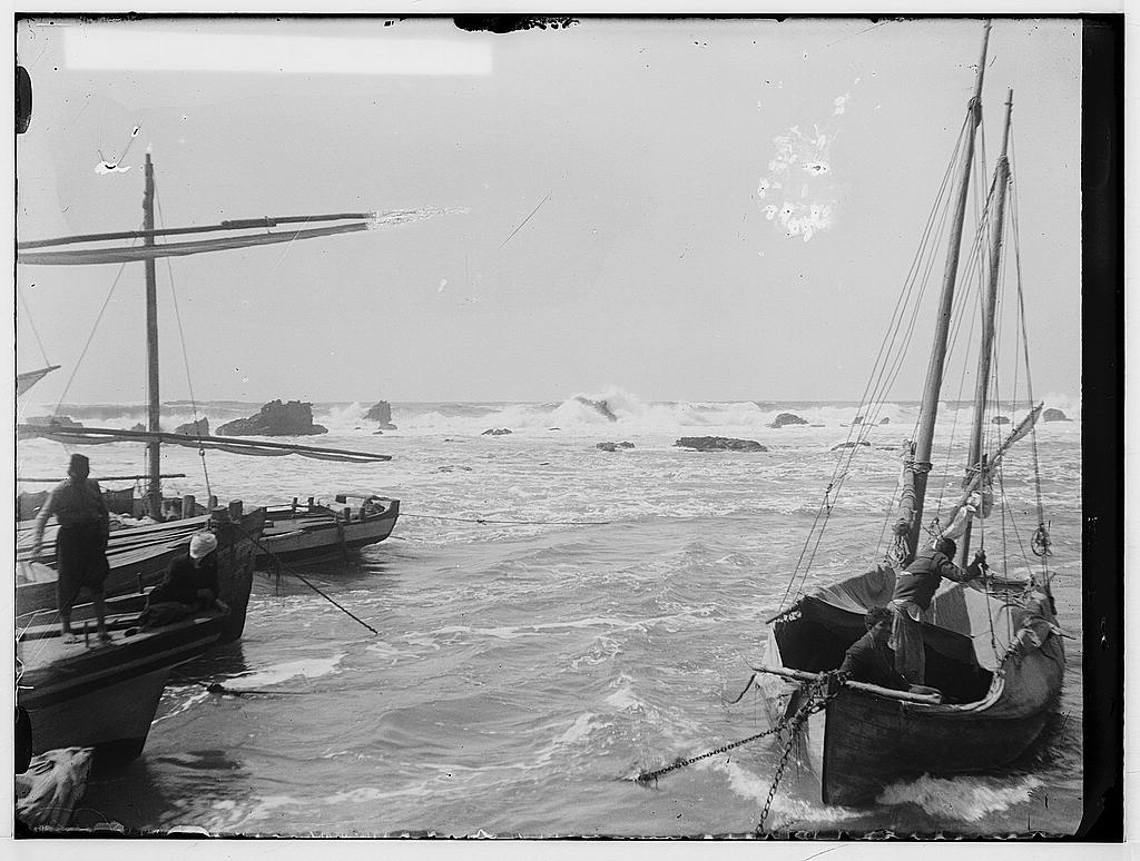Jaffa - يافا : The stormy sea, before 1914. Matson Collection