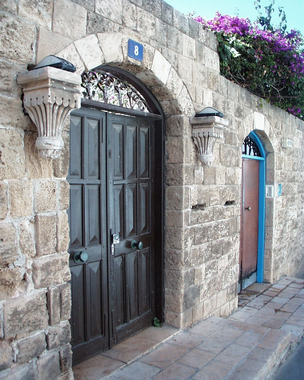 Jaffa - يافا : The Arched Doorway Of A <b>STOLEN/LOOTED</b> Palestinian House In Jaffa #2, 2001