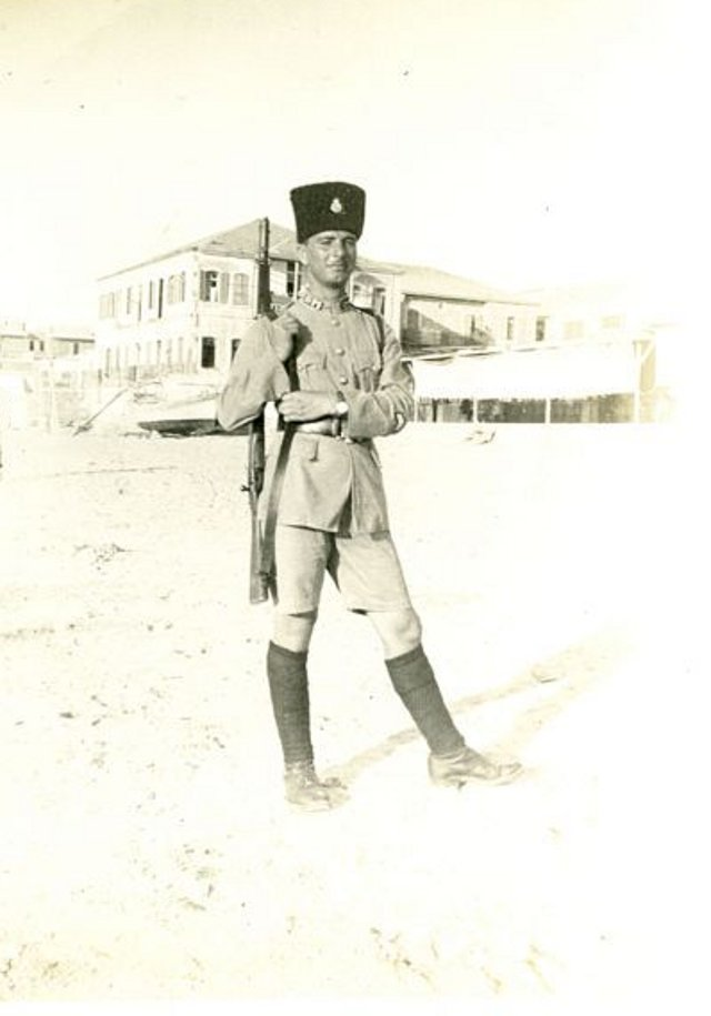 Jaffa - يافا : JAFFA - Palestine Police Constable Tayseer Mitwali in the Manshieh Quarter of Jaffa, 1936