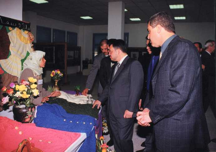 Kafr 'Ana - كفْر عانة : H.M. King Abdullah II opening the 5th exhibition of Kafr Ana'a unity 2001 (pic#01) .