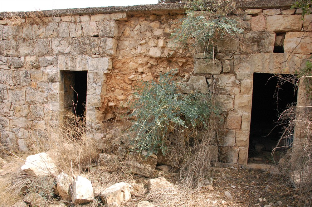 Saris - ساريس : 2 rooms of last remained house in Saris