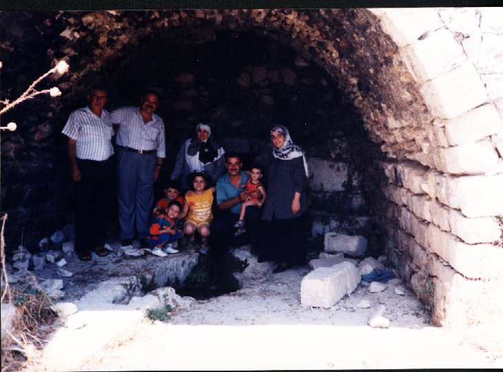 'Ayn al-Zaytun - عين الزيتون : A picture inside the main sping in our village