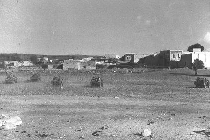 Safsaf - صفصاف : The Zionist gangs attacking Safsaf Village in Oct. 1948