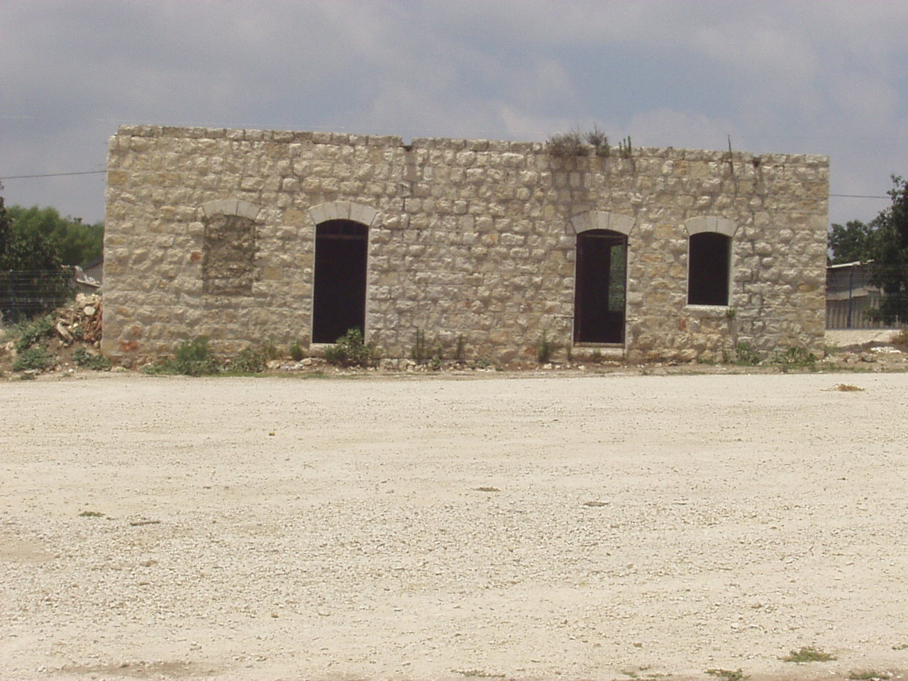 Safsaf - صفصاف : One house standing seperately, closest to the street, July 2002