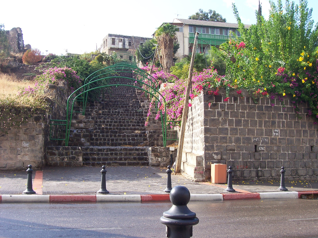 Tiberias - طبريه : A scene in the old city