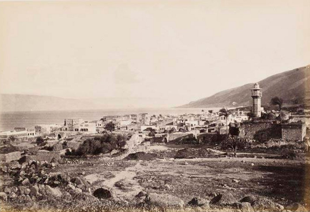 Tiberias - طبريه : TIBERIAS - Late 19th, early 20th c. 100 - General view with lake