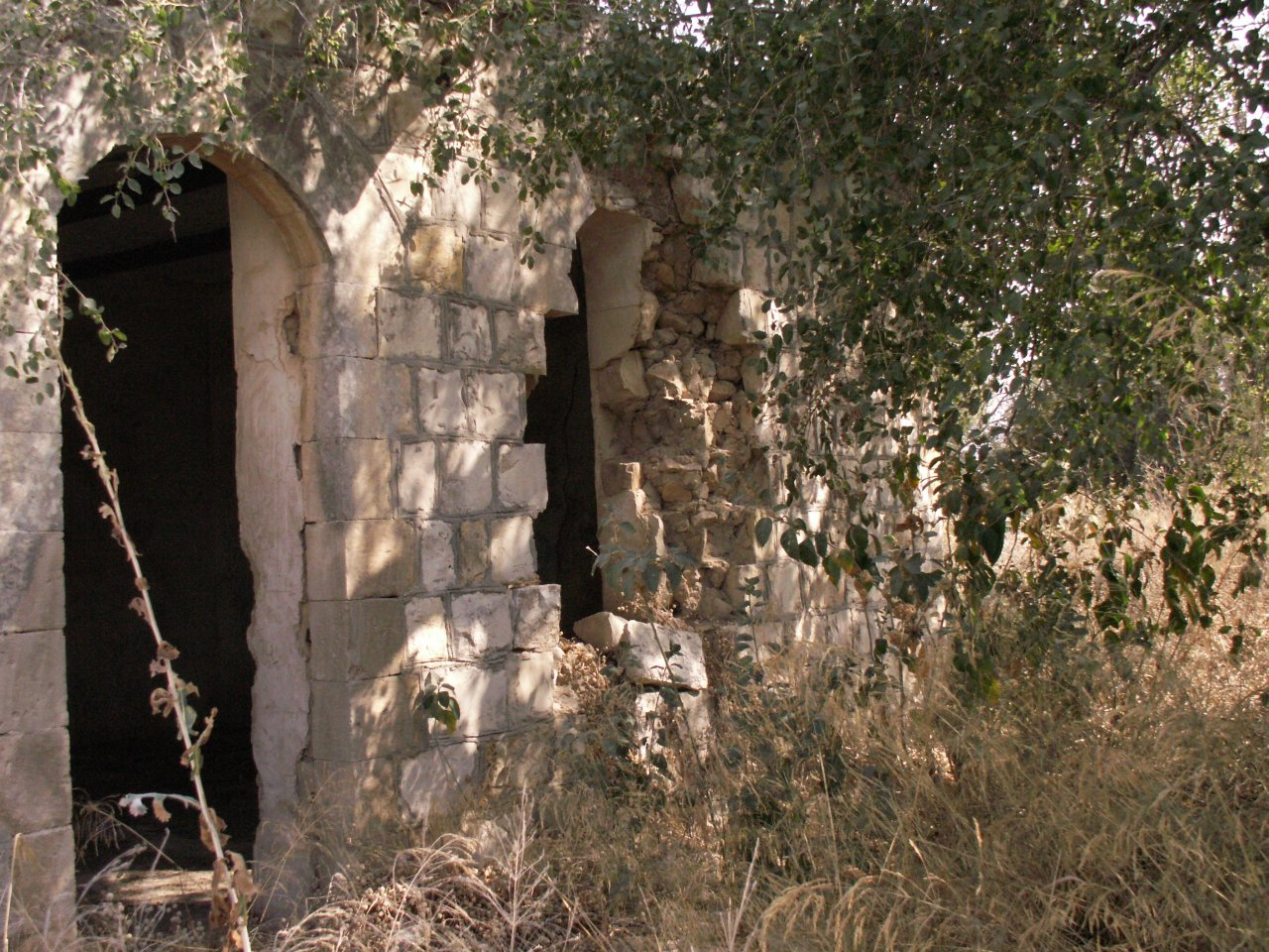 Picture for Khirbet Khresh/Khureish Village - Palestine: : All That Remains of the mosque!!!