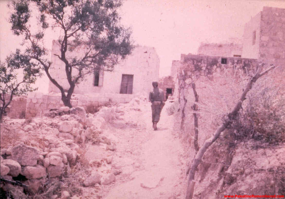 'Imwas - عِمواس : Israeli Soldiers In 'Imwas Soon After Occupation, Picture Taken By Joseph Onan, An Israeli Soldier Living Nearby 'Imwas.  #4