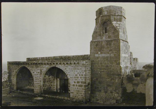Yibna - يبنا ‎ : Mausoleum of Abu Huraira - General View 2 (Early 20th c.)